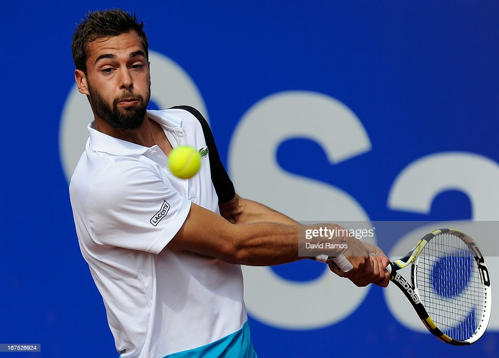 Benoit Paire of France returns the ball against Rafael nadal of Spain during day five of the 2013 Barcelona Open Banc Sabadell on April 26, 2013 in Barcelona, Spain. Rafael Nadal won 7-6, 6-2..