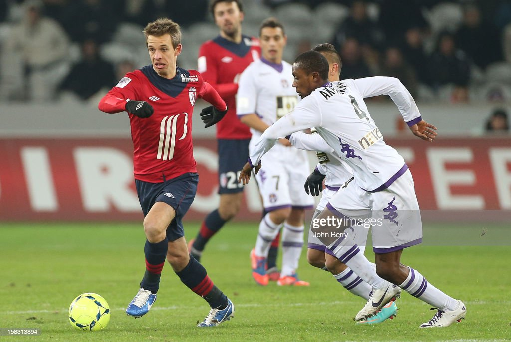 <a gi-track='captionPersonalityLinkClicked' href=/galleries/search?phrase=Benoit+Pedretti&family=editorial&specificpeople=714997 ng-click='$event.stopPropagation()'>Benoit Pedretti</a> of LOSC in action during the French Ligue 1 match between Lille OSC and Toulouse FC at the Grand Stade Lille Metropole on December 11, 2012 in Lille, France.