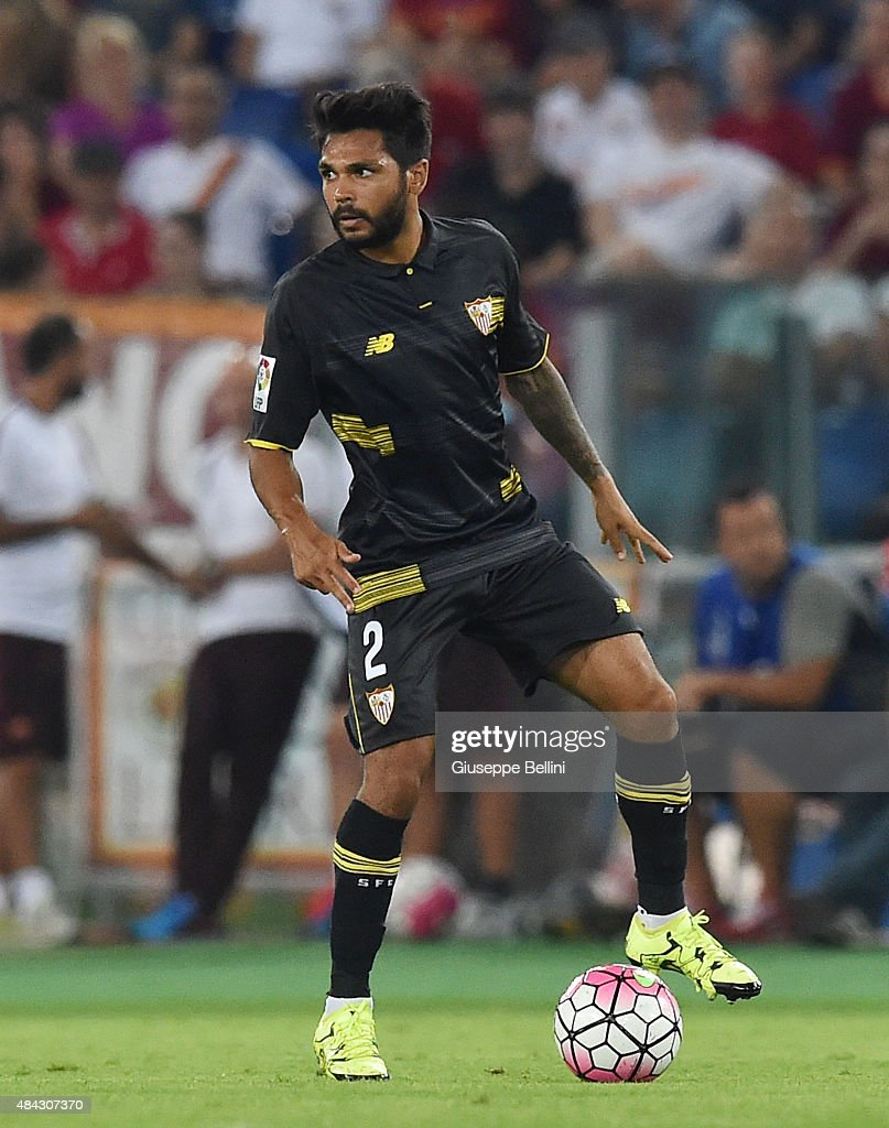 Benoît Trémoulinas of Sevilla FC in action during the pre-season friendly match between AS Roma and Sevilla FC at Olimpico Stadium on August 14, 2015 in Rome, Italy.