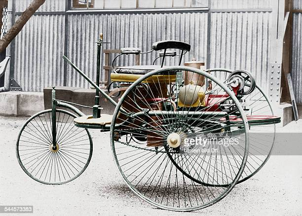 Benz Patent Motorwagen 1885 The first petrolcar a threewheels vehicle with combustion motor and electric detonator Photographer 1900Digitally...