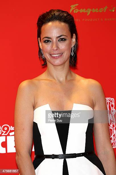 Berenice Bejo arrives for dinner after the 39th Cesar Film Awards 2014 at Le Fouquet's on February 28 2014 in Paris France
