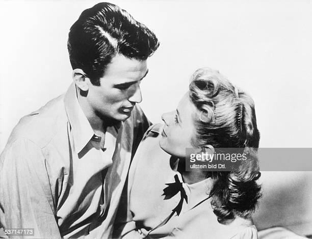 Bergman Ingrid Schauspielerin Schweden mit Gregory Peck im Film 'Ich kaempfe um Dich' USA 1945 Regie Alfred Hitchcock