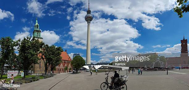 Berlin Alexanderplatz Panorama - people at Neptunbrunnen