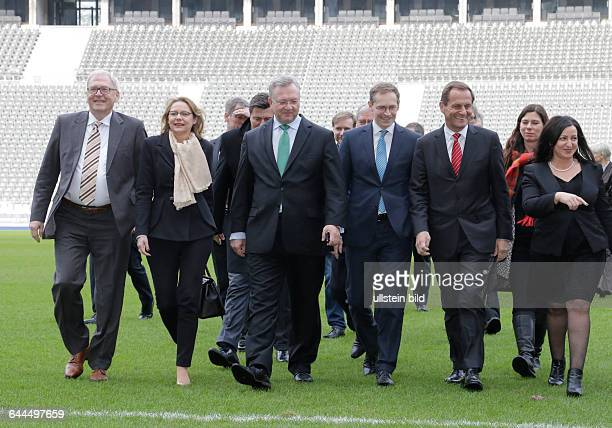 Berlin Berliner Olympiastadion Pressestatements Präsident des Deutschen Olympischen Sportbundes Hörmann und DOSBGeneralsdirektor Vesper Thema...