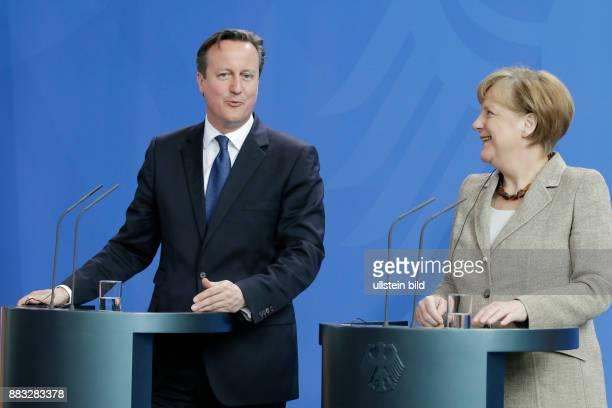 Berlin Bundeskanzleramt Empfang des britischen Premierministers Cameron mit militärischen Ehren durch BK'in Merkel FotoPremierminister David Cameron...