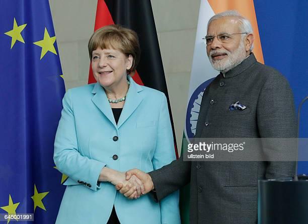 Berlin Bundeskanzleramt Empfang des indischen Premierministers Narendra Modi mit militärischen Ehren durch Bundeskanzlerin Angela Merkel Foto...