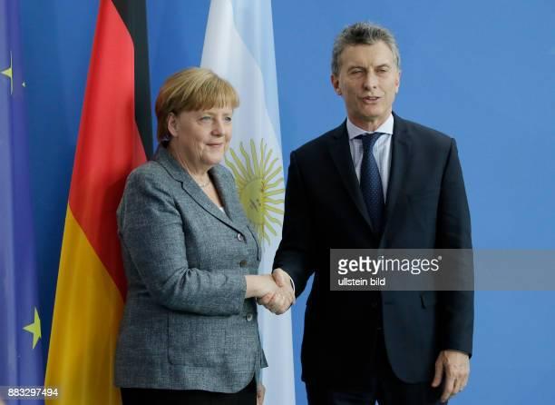 Berlin Bundeskanzleramt Gemeinsame Presseunterrichtung nach dem Gespräch und Mittagessen der Bundeskanzlerin Angela Merkel mit dem Staatspräsidenten...