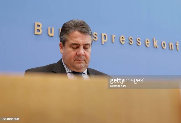 Berlin Bundespressekonferenz Thema Zum Kabinettsbeschluss zu Strommarktgesetz und Sicherheitsbereitschaft sowie zur Digitalisierung der Energiewende...
