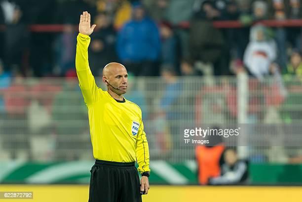 Berlin Deutschland U21 Laenderspiel Deutschland Tuerkei Schiedsrichter Amaury Delerue
