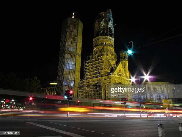 Berliner Gedächtniskirche (Deutschland) bei Nacht
