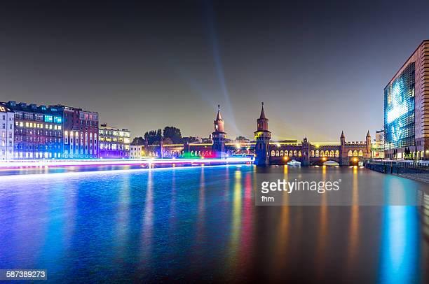 Berlin, Oberbaumbrücke - light and speed
