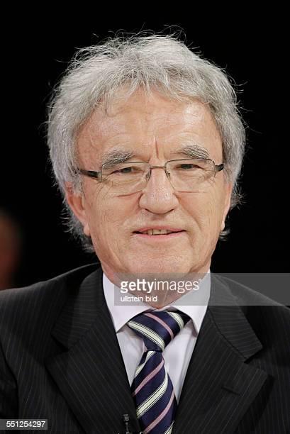Berlin ZDF PolitTalk 'Maybrit Illner' Thema Der Spion in unserem Land können wir den USA noch trauen Foto Horst Teltschik früherer außenpolitischer...