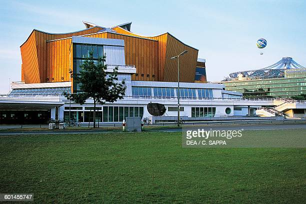 Berliner Philharmonie Concert Hall 19601963 architect Hans Scharoun Berlin Germany 20th century
