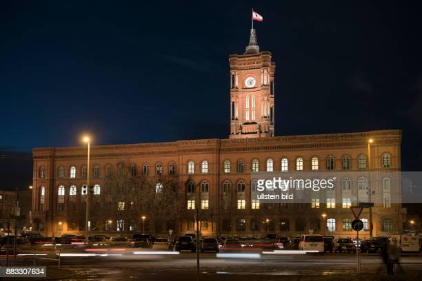 DEU 10178 BerlinMitte Rotes Rathaus Sitz des Berliner Senats und des Regierenden Berliner Buergermeisters ein Wahrzeichen der Hauptstadt Architekt...