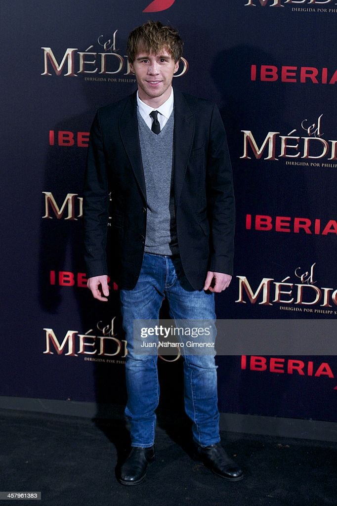Bernabe Fernandez attends the 'The Physician' (El Medico) premiere at Callao Cinema on December 19, 2013 in Madrid, Spain.