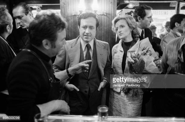 Bernadette Chirac and politician Jean Tiberi visiting a cafe with mayoral candidate Jacques Chirac during his campaign to be elected Mayor of Paris...
