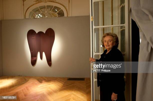 Bernadette Chirac At Sotheby'S In Paris Paris 27 novembre 2009 Bernadette CHIRAC chez Sotheby's Le 8 décembre elle va mettre en vente au nom de la...