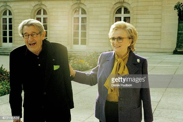 Bernadette Chirac First Lady of France and wife of president Jacques Chirac with German photographer Helmut Newton in the grounds of the Elysée...