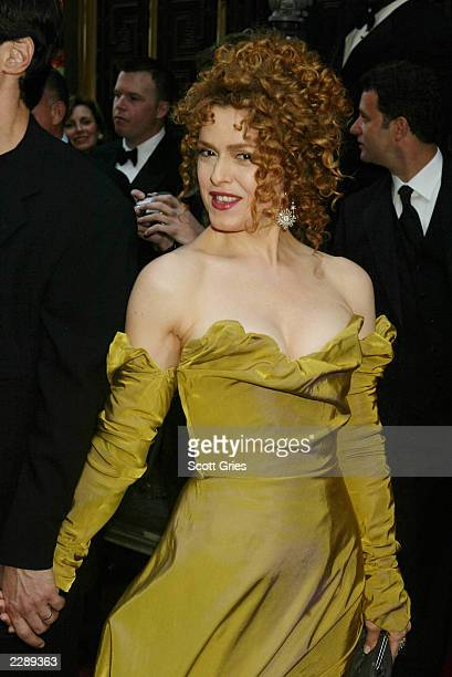 Bernadette Peters arrives for the 56th Annual Tony Awards at Radio City Music Hall New York City June 2 2002 Photo by Scott Gries/ImageDirect