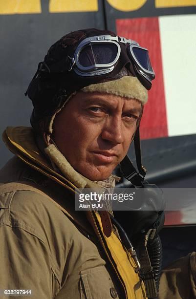 Bernard Giraudeau lors du tournage du film 'SaintExupéry la dernière mission' réalisé par Robert Enrico le 22 juin 1994 en France