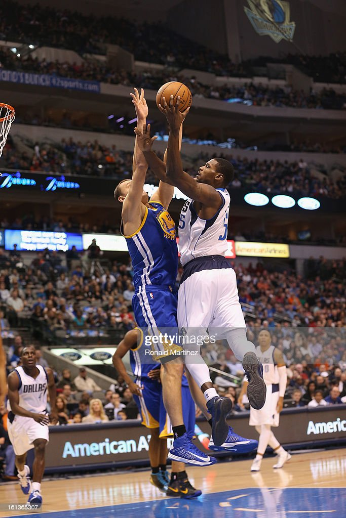 <a gi-track='captionPersonalityLinkClicked' href=/galleries/search?phrase=Bernard+James&family=editorial&specificpeople=7387529 ng-click='$event.stopPropagation()'>Bernard James</a> #5 of the Dallas Mavericks at American Airlines Center on February 9, 2013 in Dallas, Texas.