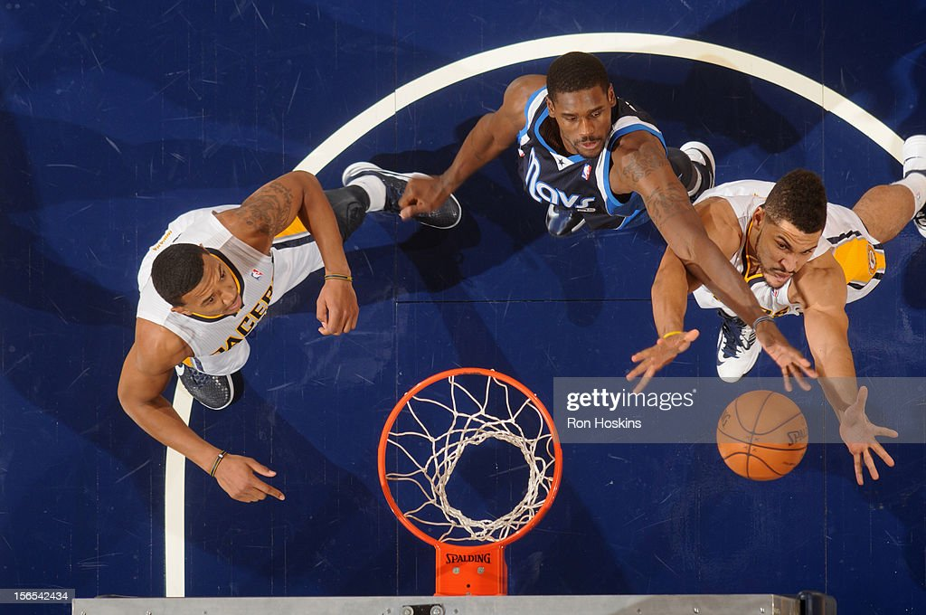 <a gi-track='captionPersonalityLinkClicked' href=/galleries/search?phrase=Bernard+James&family=editorial&specificpeople=7387529 ng-click='$event.stopPropagation()'>Bernard James</a> #5 of the Dallas Mavericks fights for the rebound against Jeff Pendergraph #29 of the Indiana Pacers on November 16, 2012 at Bankers Life Fieldhouse in Indianapolis, Indiana.