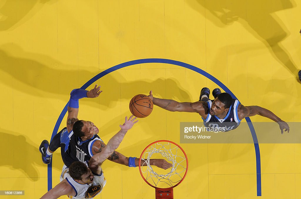 <a gi-track='captionPersonalityLinkClicked' href=/galleries/search?phrase=Bernard+James&family=editorial&specificpeople=7387529 ng-click='$event.stopPropagation()'>Bernard James</a> #5 of the Dallas Mavericks rebounds against the Golden State Warriors on January 31, 2013 at Oracle Arena in Oakland, California.