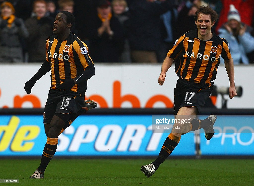 <a gi-track='captionPersonalityLinkClicked' href=/galleries/search?phrase=Bernard+Mendy&family=editorial&specificpeople=661868 ng-click='$event.stopPropagation()'>Bernard Mendy</a> (L) of Hull celebrates his goal during the Barclays Premier League match between Hull City and West Bromwich Albion at the KC Stadium on January 31, 2009 in Hull, England.