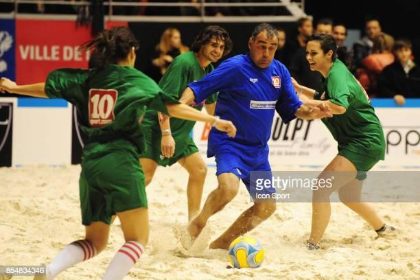 Bernard PARDO Le Show Beach soccer a Lyon Tournoi des celebrites Match caritatif pour l'association Un sourire Un espor pour la vie