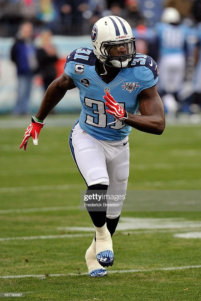 <a gi-track='captionPersonalityLinkClicked' href=/galleries/search?phrase=Bernard+Pollard&family=editorial&specificpeople=630572 ng-click='$event.stopPropagation()'>Bernard Pollard</a> #31 of the Tennessee Titans plays against the Arizona Cardinals at LP Field on December 15, 2013 in Nashville, Tennessee.