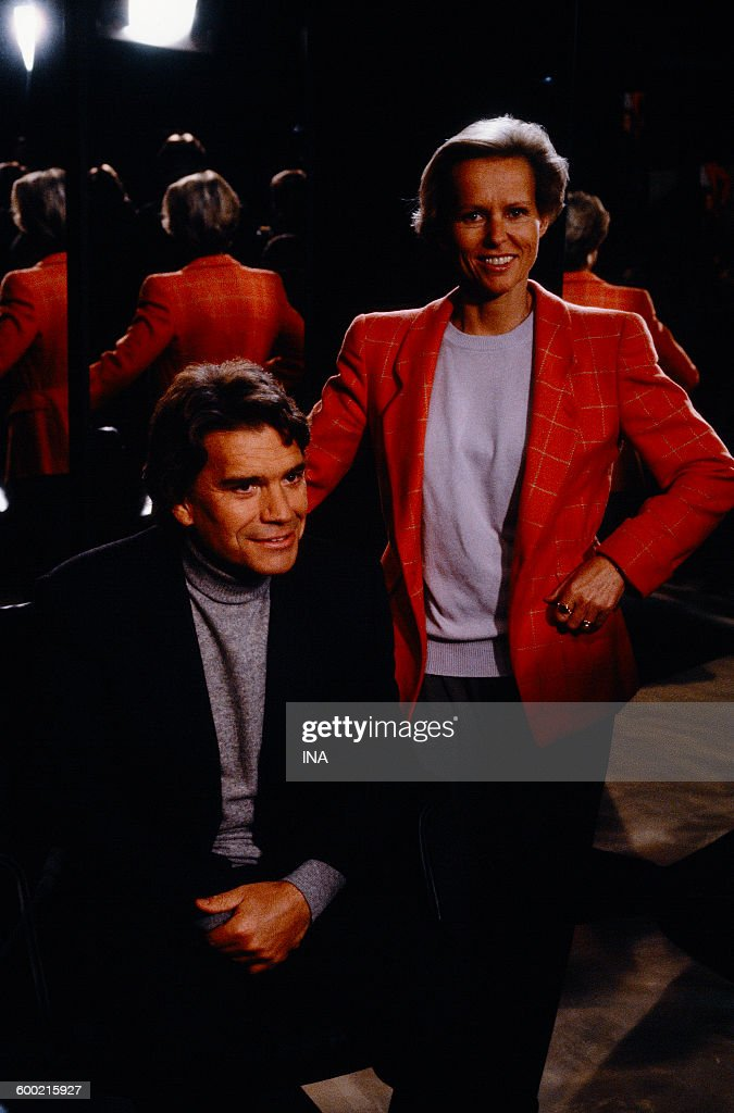 <a gi-track='captionPersonalityLinkClicked' href=/galleries/search?phrase=Bernard+Tapie&family=editorial&specificpeople=586829 ng-click='$event.stopPropagation()'>Bernard Tapie</a> and <a gi-track='captionPersonalityLinkClicked' href=/galleries/search?phrase=Christine+Ockrent&family=editorial&specificpeople=632353 ng-click='$event.stopPropagation()'>Christine Ockrent</a> on the set 'Which did you make of your twenty years?'.