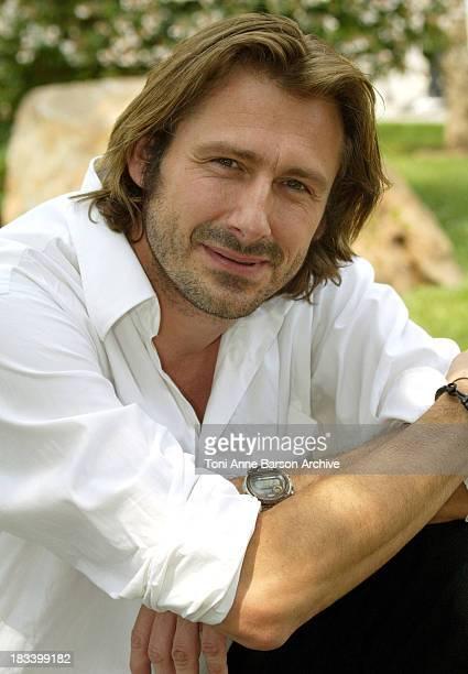 Bernard yerles stock photos and pictures getty images for Bernard werber le miroir de cassandre