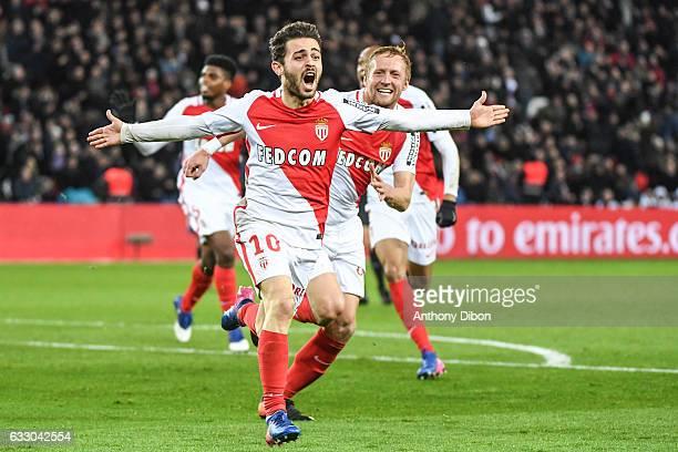 Bernardo Silva of Monaco celebrates his goal during the French Ligue 1 match between Paris Saint Germain and Monaco at Parc des Princes on January 29...