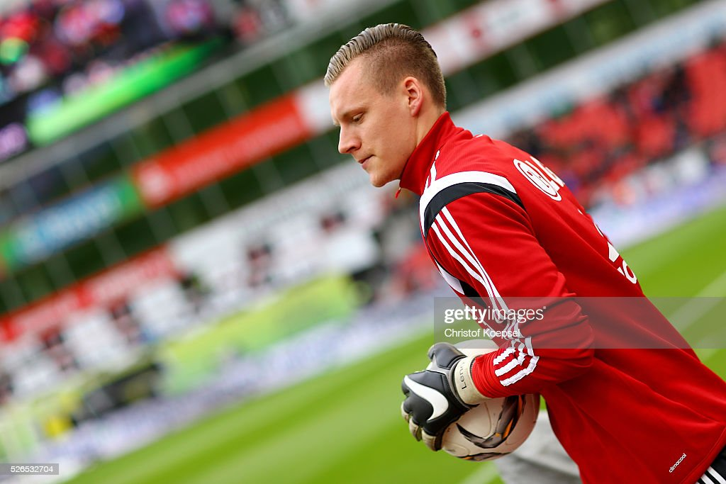 Bernd Leno of Leverkusen warms up prior to the Bundesliga match between Bayer Leverkusen and Hertha BSC Berlin at BayArena on April 30, 2016 in Leverkusen, Germany.