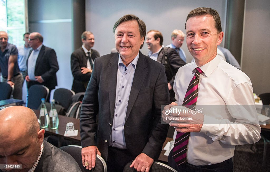Bernd Lucke former cohead of the Alternative fuer Deutschland political party speaks with Joern Kruse during a meeting with other former party...