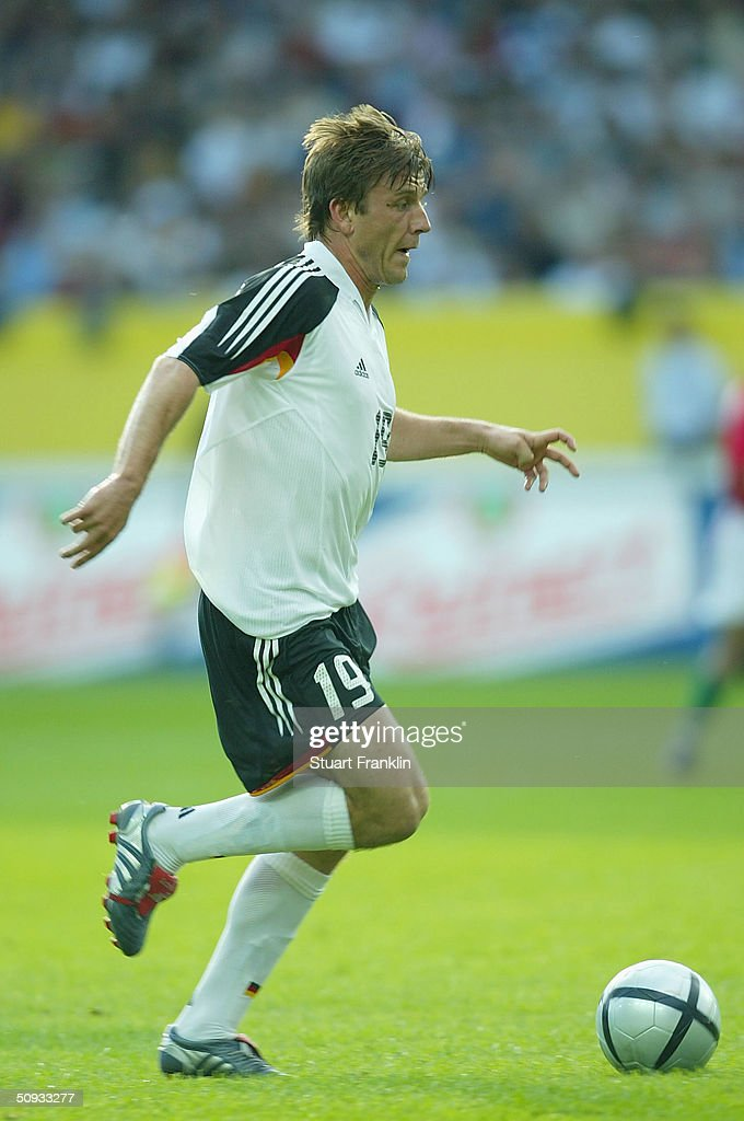Bernd Schneider of Germany in action during the International Friendly match between Germany and Hungary on June 6, 2004 at The Fritz-Walter Stadium in Kaiserlautern, Germany.