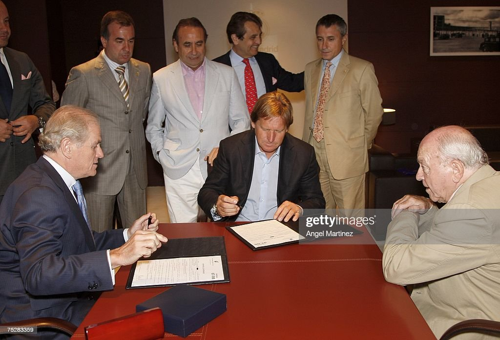 Bernd Schuster Signs for Real Madrid