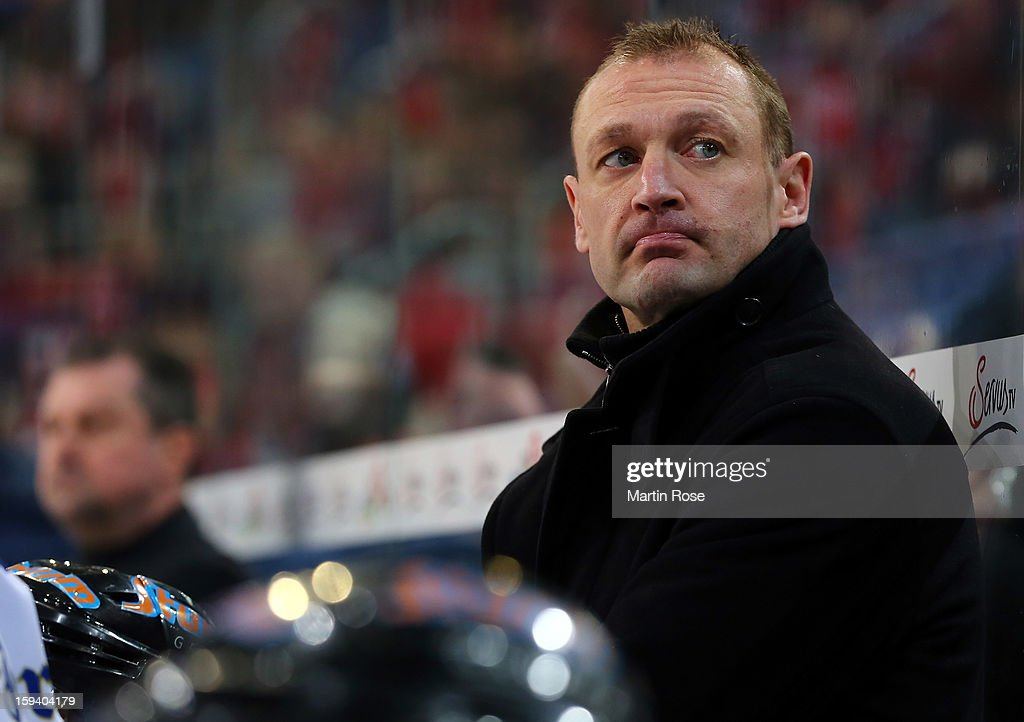 Bernhard Englbrecht, head coach of Straubing reacts during the DEL match between Hannover Scorpions and Straubing Tigers at TUI Arena on January 13, 2013 in Hanover, Germany.