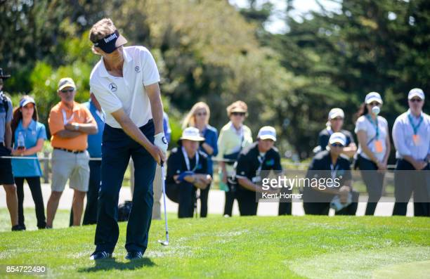 Bernhard Langer chips his ball onto the 2nd green during the final round of the Champions Tour Pure Insurance Championship on September 24 2017 in...