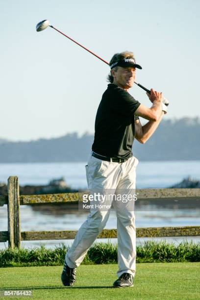 Bernhard Langer watches his tee shot off on the 17th hole of the 2nd round of the Champions Tour Pure Insurance Championship on September 23 2017 in...