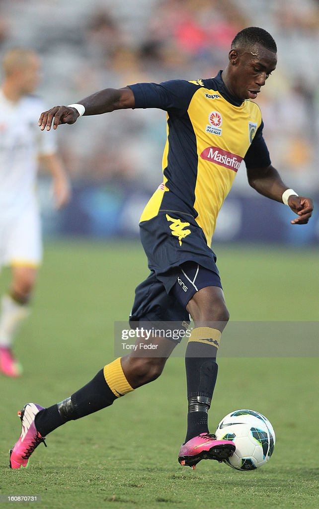 Bernie Ibini of the Mariners in control of the ball during the round 20 A-League match between the Central Coast Mariners and the Wellington Phoenix at Bluetongue Stadium on February 7, 2013 in Gosford, Australia.