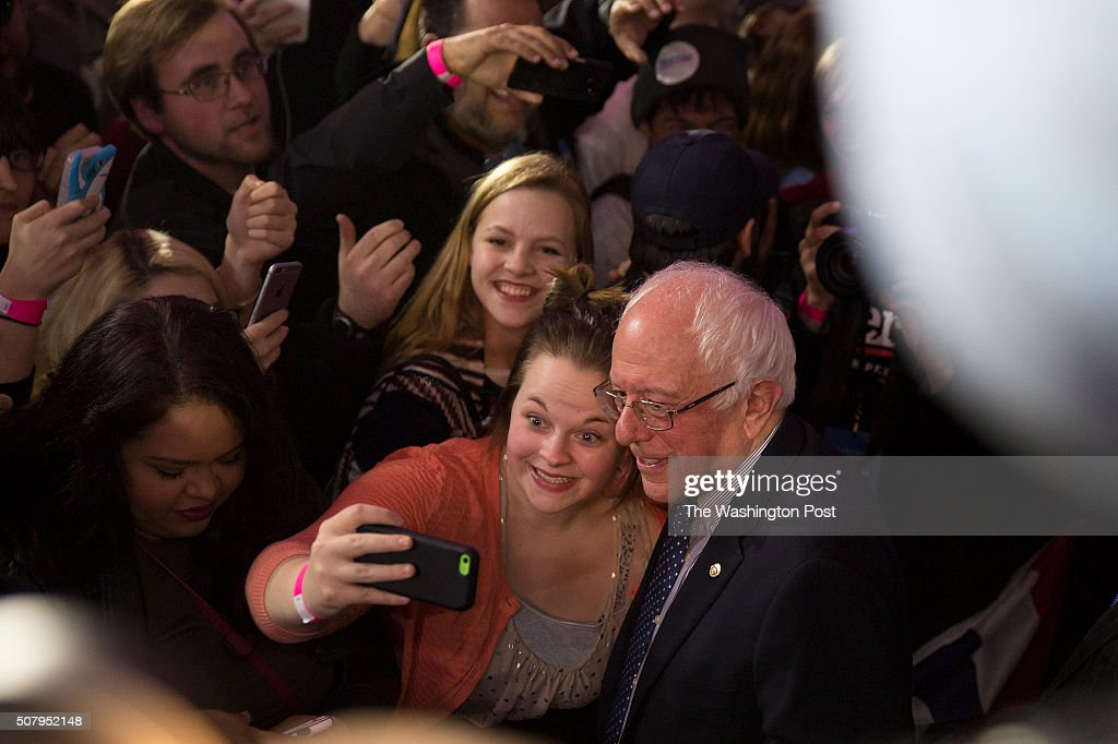 <a gi-track='captionPersonalityLinkClicked' href=/galleries/search?phrase=Bernie+Sanders&family=editorial&specificpeople=2908340 ng-click='$event.stopPropagation()'>Bernie Sanders</a> and crowd are ecstatic with tie with Clinton
