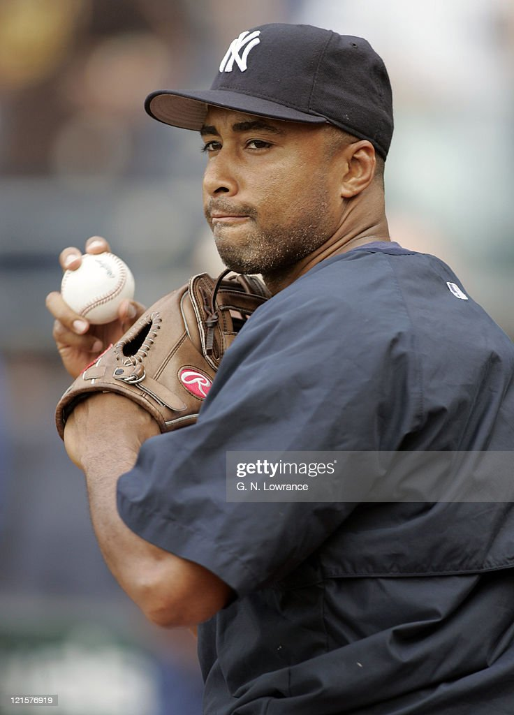<a gi-track='captionPersonalityLinkClicked' href=/galleries/search?phrase=Bernie+Williams&family=editorial&specificpeople=175814 ng-click='$event.stopPropagation()'>Bernie Williams</a> of the New York Yankees warms up before the game against the New York Yankees in Kansas City on May 31, 2005.
