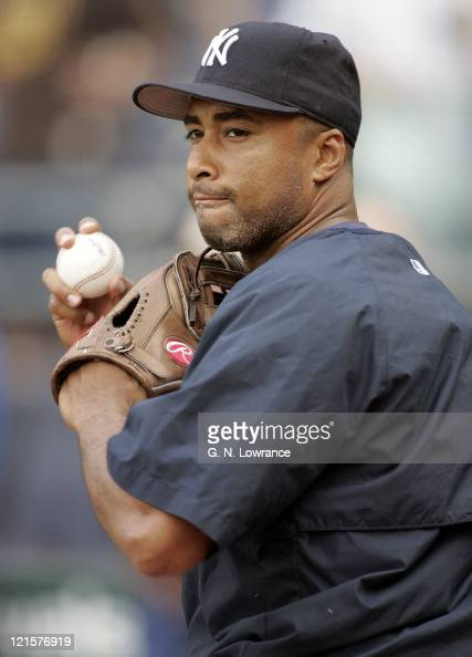 Bernie Williams of the New York Yankees warms up before the game against the New York Yankees in Kansas City on May 31 2005