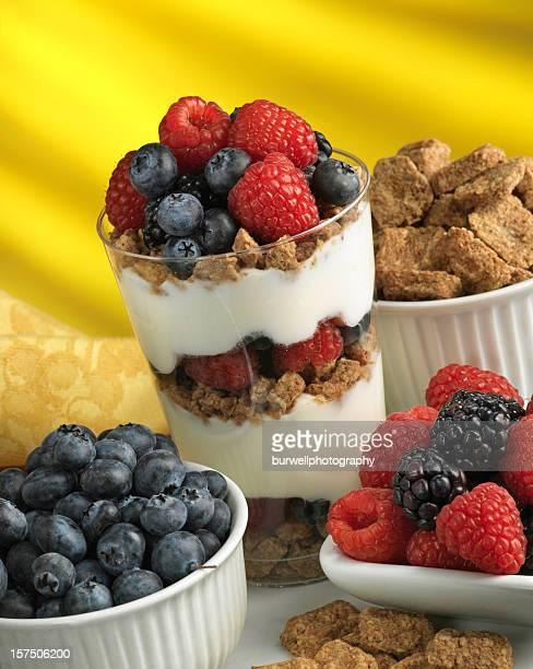 Berries, oat cereal and yogurt healthy parfait