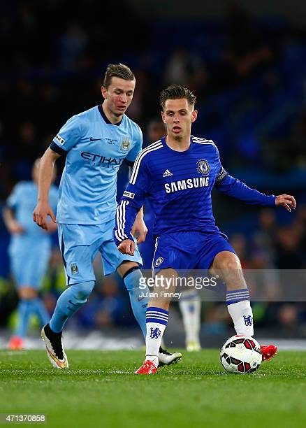 Bersant Celina of Man City battles with Charlie Colkett of Chelsea during the FA Youth Cup Final second leg match between Chelsea and Manchester City...