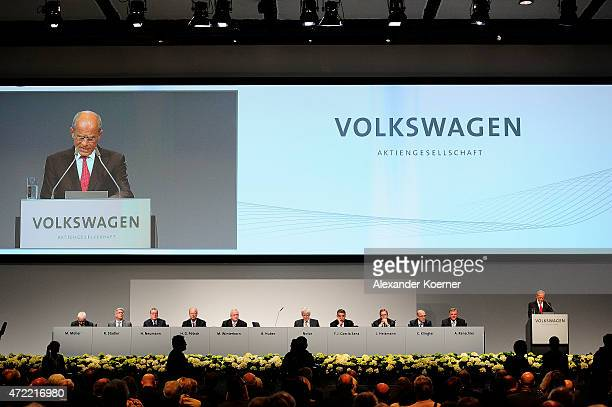 Berthold Huber director of the Volkswagen supervisory board opens the Volkswagen annual general shareholders' meeting on May 5 2015 in Hanover...