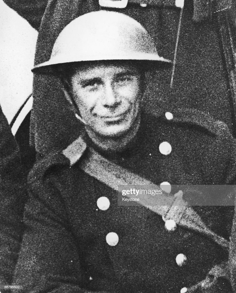 Bertie Horace William Manton in his NFS uniform, circa 1944. In May of 1944, Manton was sentenced to death for the murder of his wife, whose body was found in a sack in the River Lea at Luton. He admitted to the murder, attributing it to 'her goings-on'.