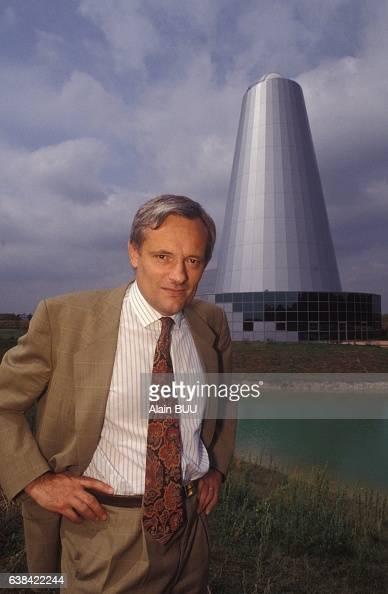 Bertrand Meary directeur de l'établissement public d'aménagement de la ville nouvelle de MelunSenart le 11 août 1992 à Melun France