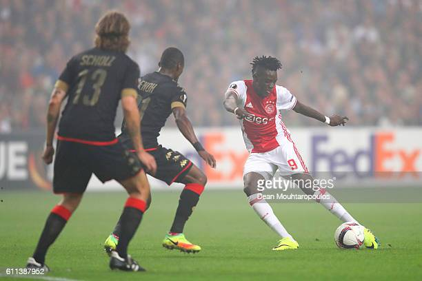 Bertrand Traore of Ajax takes a shot on goal during the UEFA Europa League group G match between AFC Ajax and R Standard de Liege at the Amsterdam...